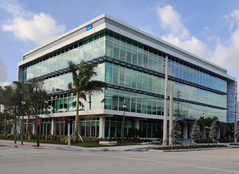 HSS Florida contact us: Main building in West Palm Beach.