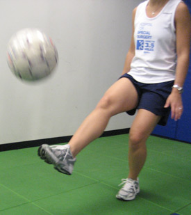 ACL Injury Prevention: Balance - juggling