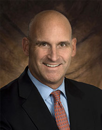 Photo of Dr. Todd Albert, HSS Surgeon-in-Chief