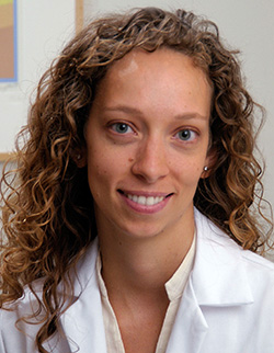 Dr. Elizabeth Manej�as, Physiatrist