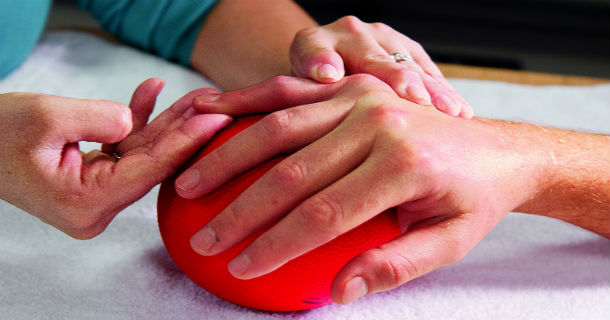 Лечение вывиха пальца руки в домашних условиях 539