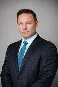Dr. Bryan Kelly, sports medicine surgeon