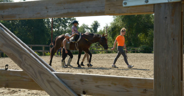 Image - Children Horseback Riding
